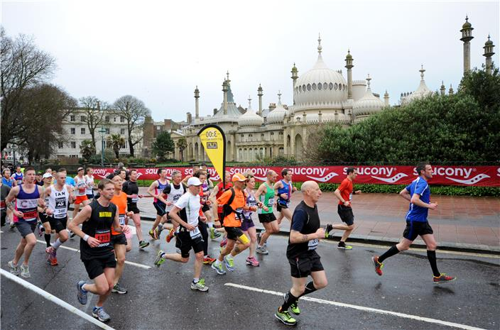 Brighton Marathon past pavillion