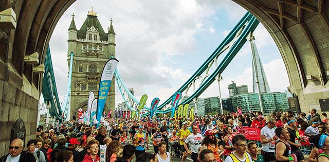 Tower Bridge runners 2017 - credit London Marathon