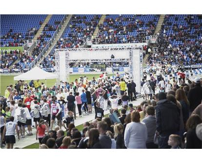 Places going fast for first race in runbritain Grand Prix 2012